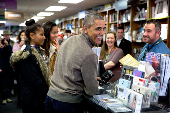 President Obama shopping for books at Politics and Prose with Sasha and Malia